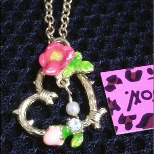 💝Betsey Johnson Heart Necklace Flower & Pearl/NEW